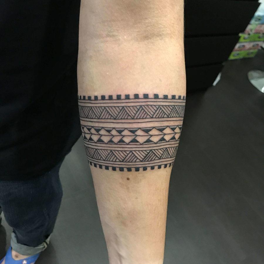 Polynesian Maori Armband Tattoo